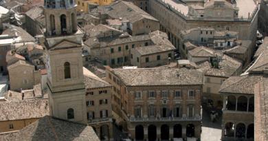 Macerata: the enchanting hill of central Italy.